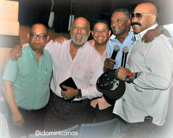 Salseros con Oscar D Leon y El Canario