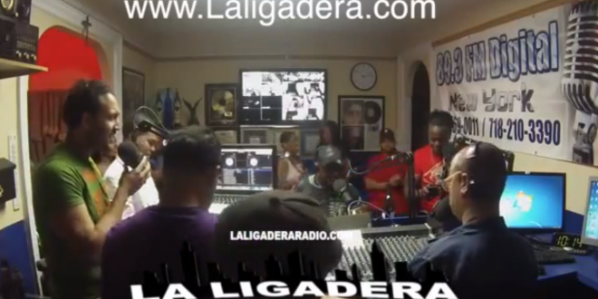 Sexsappeal Cantando  a capella en La Ligadera Radio Show 89.3 fm NY   (Dice que respeten los rangos) @Sexsappeal